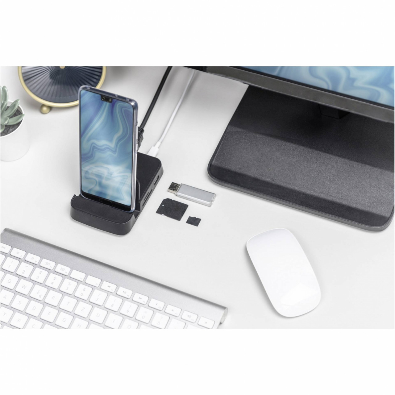 DIGITUS USB-C Smartphone Docking Station 7-Port
